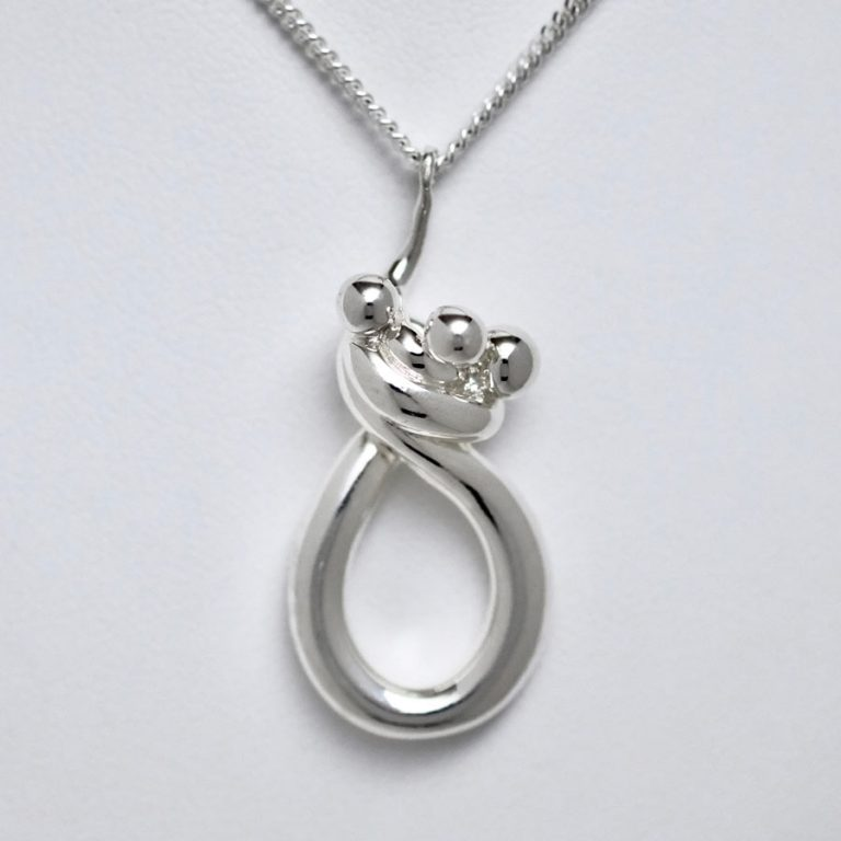 Joseph Chiang Line of Love Jewellery – Mother and Children  #JM126