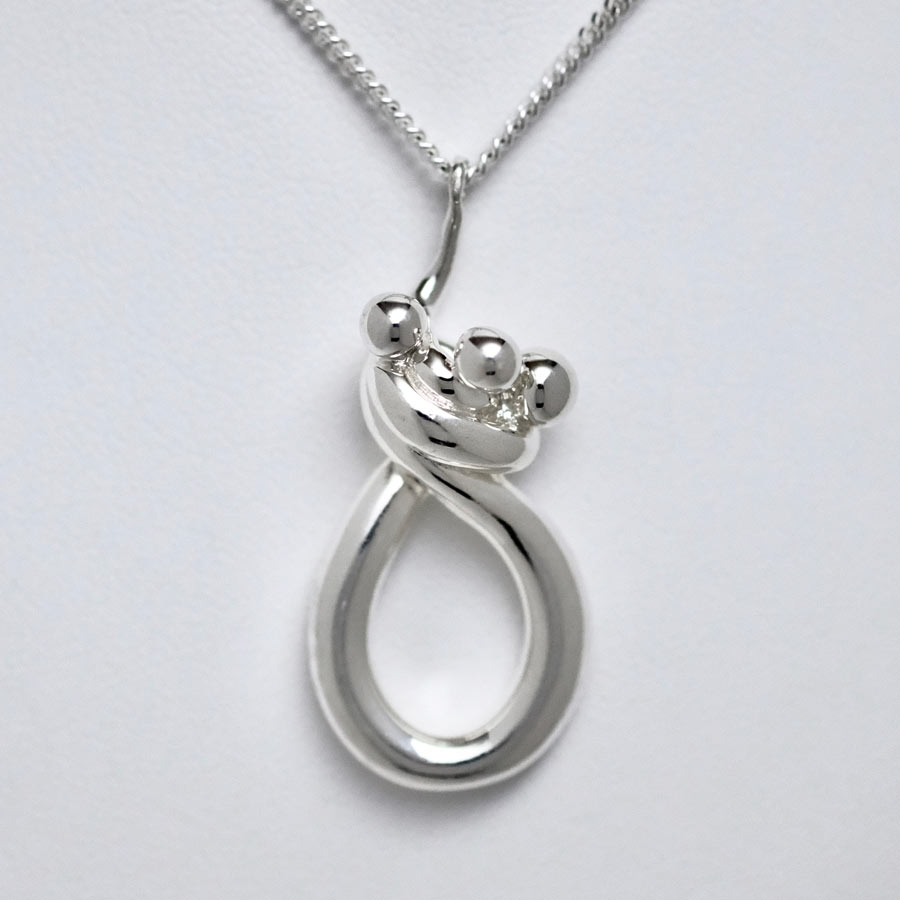 Joseph Chiang Line of Love Jewellery - Mother and Children