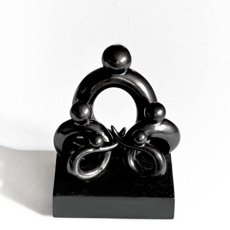 SP-Mother-and-Four-Children-Joseph Chiang Sculpture