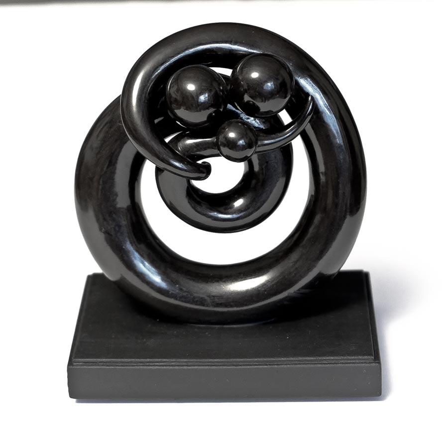 SP-We_re-One-(Family)-Joseph Chiang Sculpture